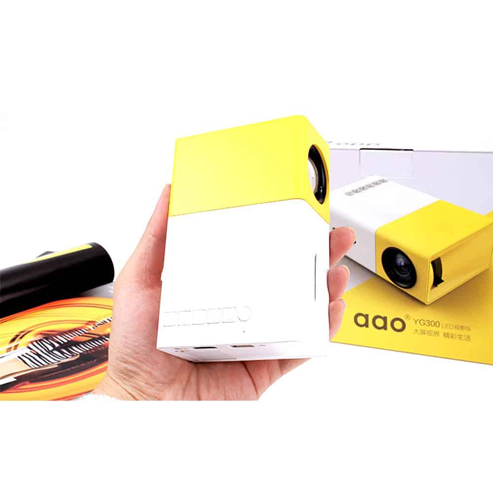 Máy Chiếu Mini YG-300 Smart LED Độ Phân Giải 1920x1080 1